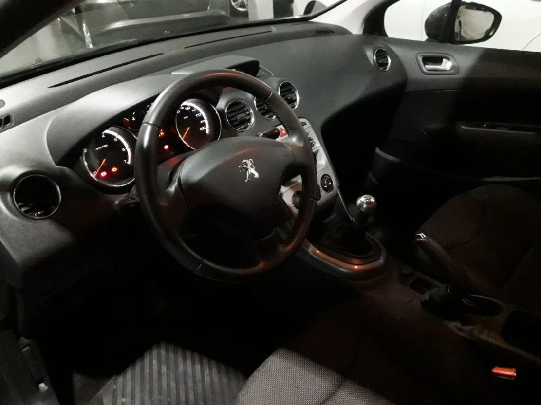 Peugeot 408 2.0 Allure 143cv